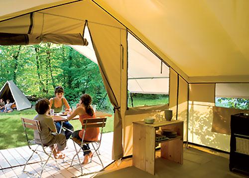 Tente cabanon camping les tuill res for Club piscine cabanon